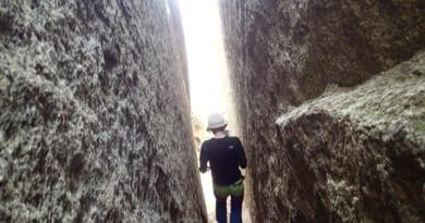 【Mizuyoだより】3月22日大岩が御神体のパワースポット石割山へ行ってきました